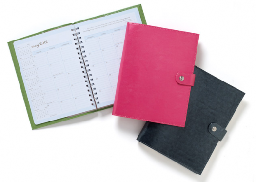 momagenda: the stylish dayplanner for mom $50 giveaway