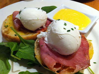 Best eggs Benny at Tigerbakers Cafe