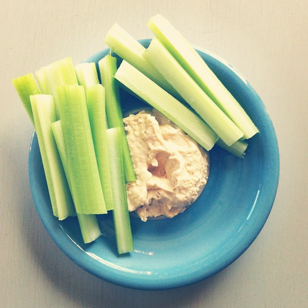 what we're snacking on lately   5 healthy snack ideas for mamas kids