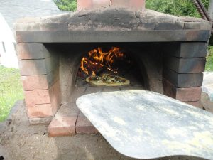 Cob Oven with Pizza