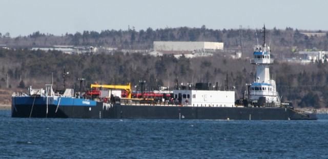 Tug Genesis Victory and barge GW6506