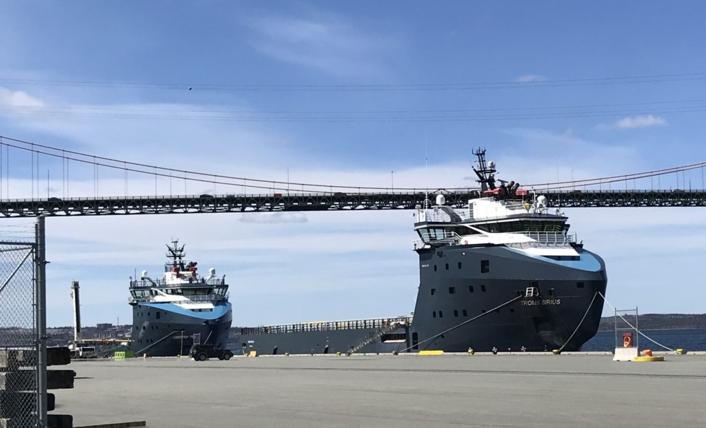 Troms Sirius and Lundstrom Tide at Pier 9